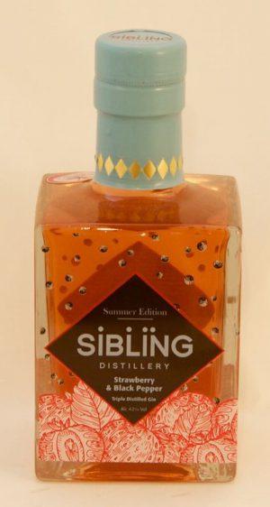 SIBLINGS STRAWBERRY & BLACK PEPPER GIN