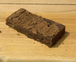 HOMEMADE BROWNIE SLICE